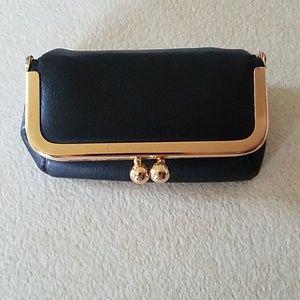 Black leather coin purse/lipstick case w/mirror